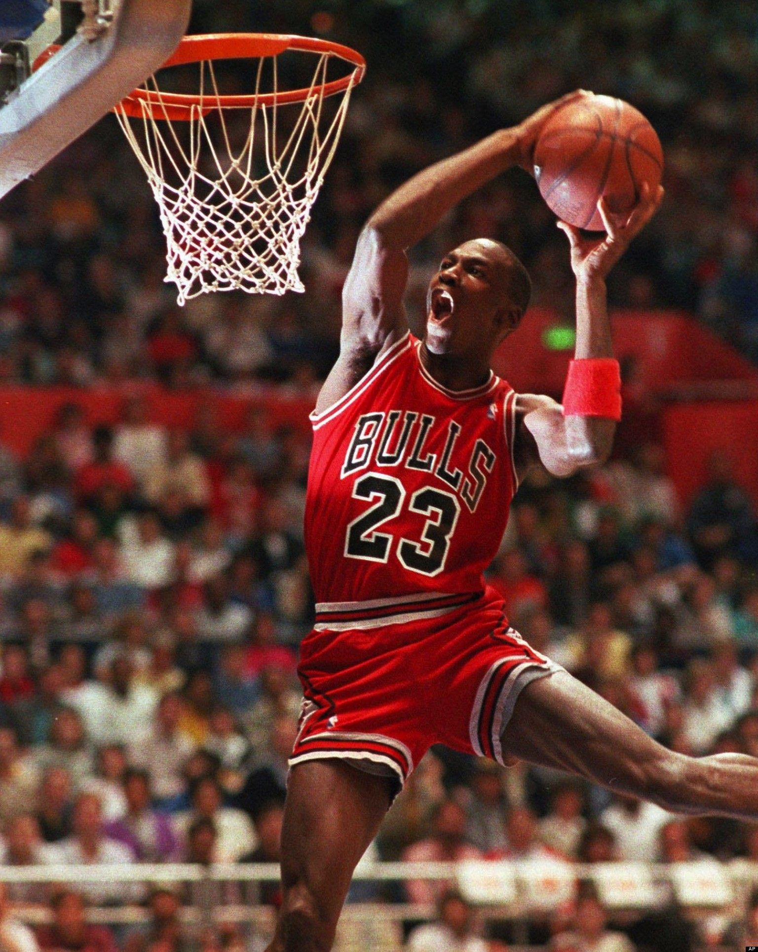 michael jordans road to greatness the best basketball player that ever played the game The best basketball player ever: michael retro basketball players college basketball air jordans sports magazine the flu game, jordan played with flu.